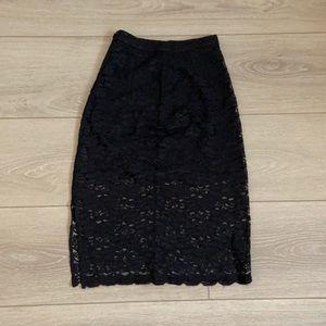 Aritzia/Babaton - 00 black lace skirt